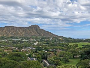 Photo of Diamond Head in O'ahu, Hawai'i. Selecting the image opens a larger view in a new browser tab.
